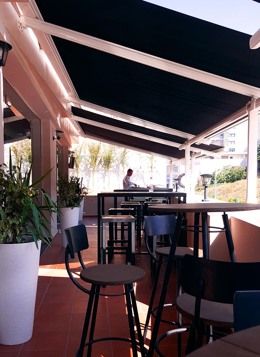 Le Billy's, le nouveau café billard à Alger